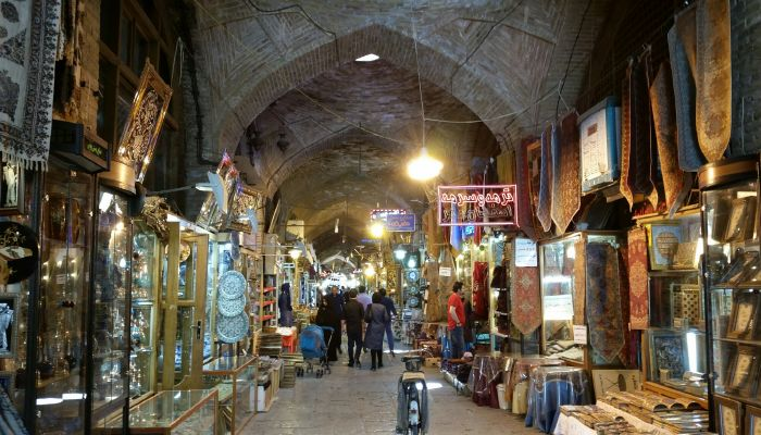 Isfahan Great Bazaar and its labyrinth's historical sites