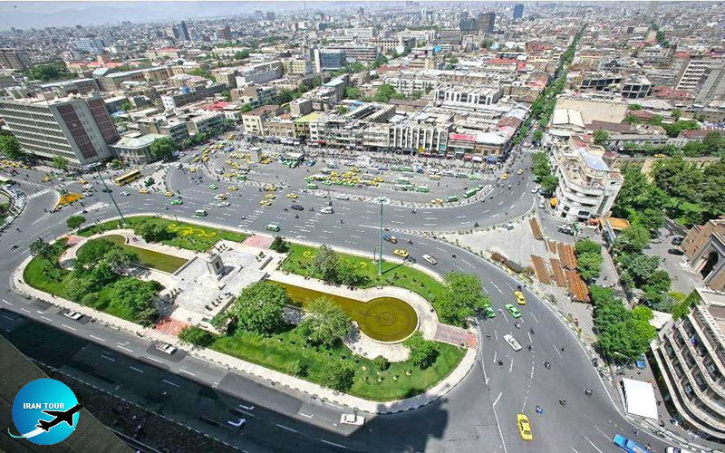 One day free tour at Imam Khomeini square and around